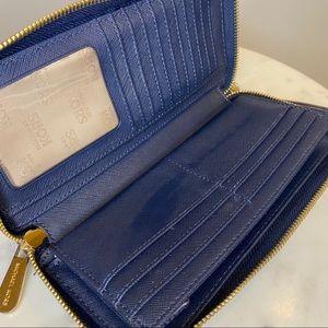 Michael Kors Bags - MK Navy Jet Set Continental Zip Wallet Wristlet